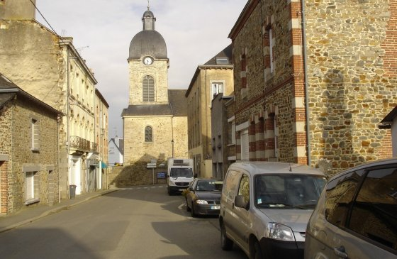 4routedeGennes face eglise